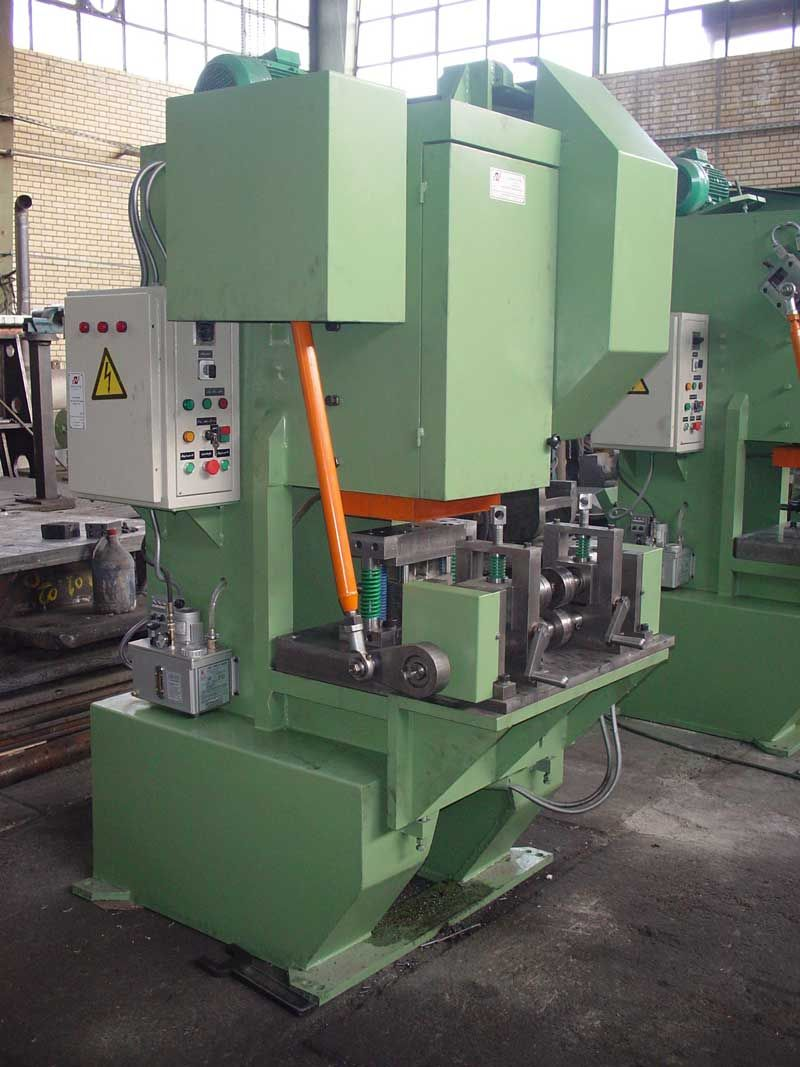 Mechanical Roll Feeder